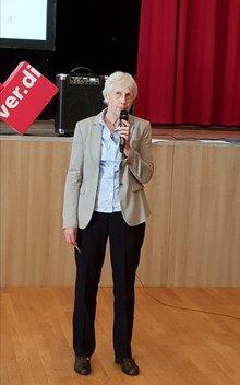 Cornelia Hintz, ver.di NRW - zuständig für die Beamtinnen und Beamten