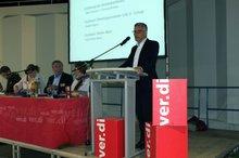 Der Hagener Oberbürgermeister Erik O. Schulz spricht ein Grußwort