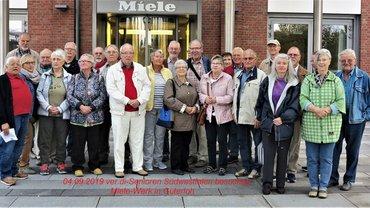 ver.di-Seniorinnen und -Senioren besuchten das Miele-Werk in Gütersloh.